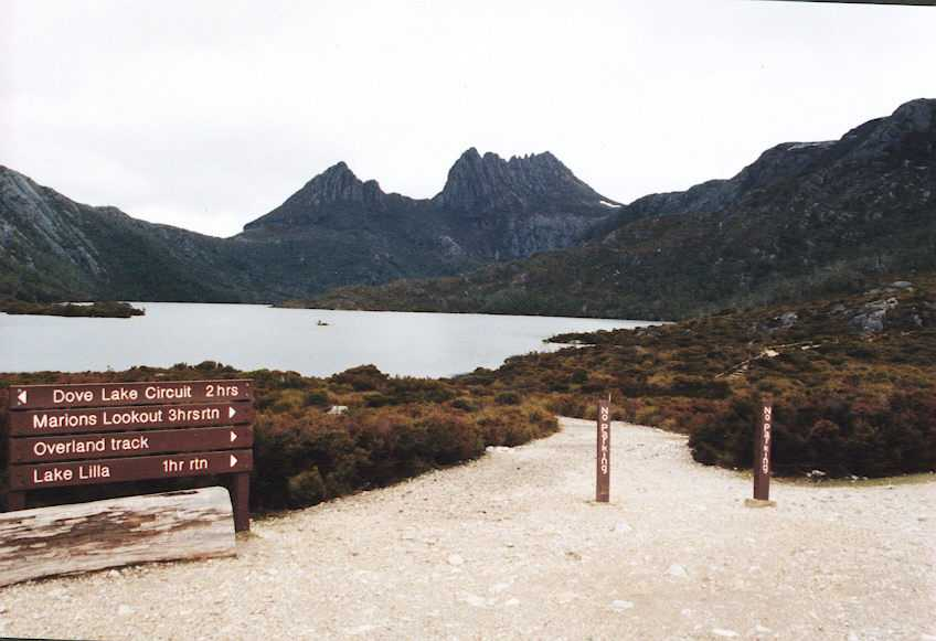 Cradle_Mtn_sign.jpg
