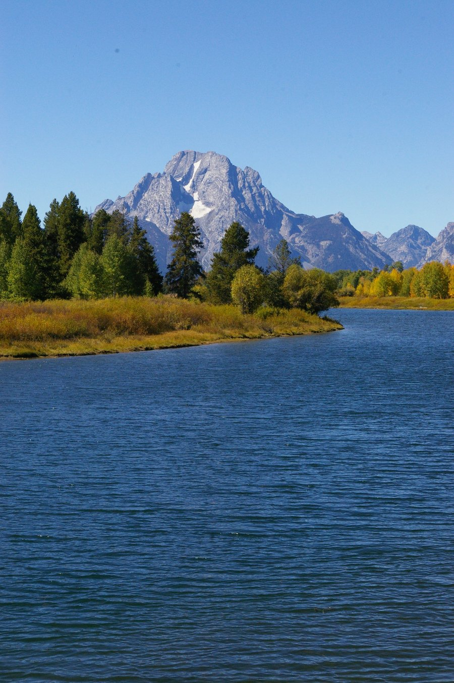 Jackson_Lake_-_Grand_Teton_National_Park.jpg